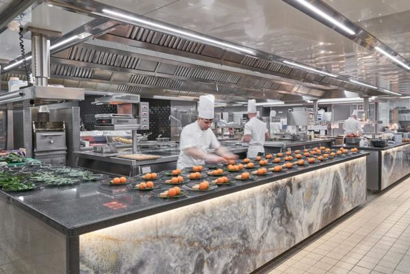 Award-winning commercial kitchen creating theatre